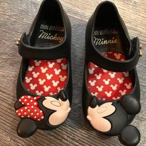 Size 5 mini Melissa kissing Mickey/Minnie